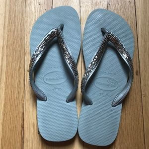 Shoes - Havainas Silver Jeweled gray Flip Flops Sz 39/40
